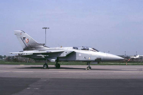 Tornado F.3 ZE889/H RAF/1435 Flight Falklands May-00