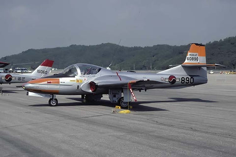 T-37C 60890 Republic of Korea AF Oct-01