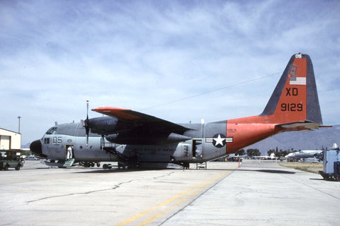 LC-130R 159129/XD-05 USN/VXE-6 May-00