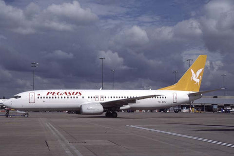 B.737-800 TC-APU Pegasus Airlines Aug-01