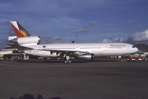 DC.10-30 RP-C2114 Philippines Airlines Sep-05