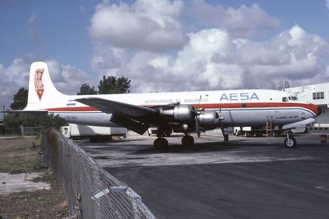 DC.6B YS-39C AESA Airlines Mar-82