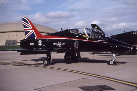 Hawk T.1 XX261 RAF '30th anniversary c/s' Jul-04