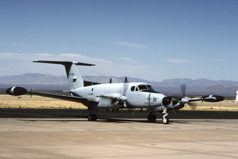 RC-12D 80-23374 US Army/305th MIBn May-00