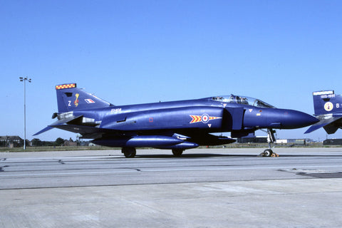 Phantom FGR.2 XV408/Z RAF/92Sqdn - squadron disbandment c/s Sep-91