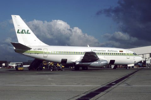 B.737-200 LY-GPA Lithuanian Airlines Oct-92