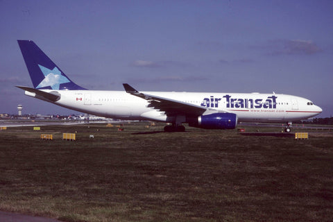 A.330-200 C-GITS Air Transat Jul-00