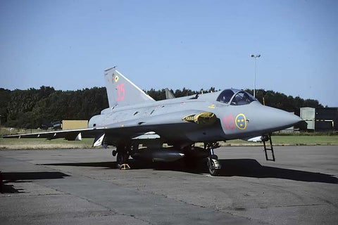 J-35J Draken 35569/35 Swedish AF F10 Aug-95