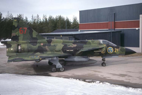 AJSH.37 Viggen 37992/67 Swedish AF/F.21 Apr-05
