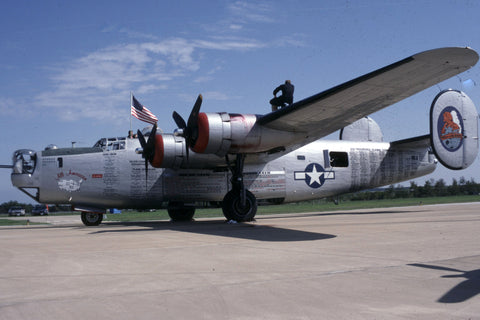 B-24J 44-44052 Flew as N224J 'All American' Oct-93