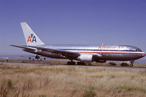 B.767-200ER N338AA American Airlines Jul-88