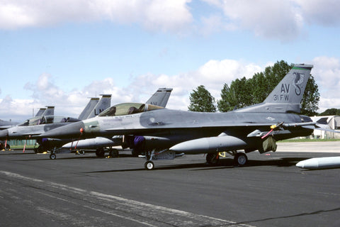 F-16C 89-2001/AV USAF/31stFW (USAFE) - marked '31FW' mission marks Jul-02