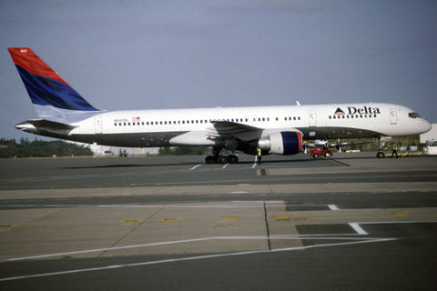 B.757-200 N640DL Delta Airlines Mar-02