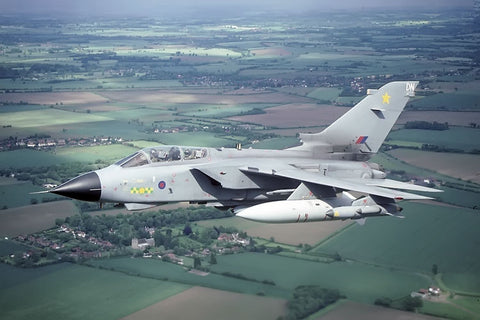 Tornado GR.4 coded 'DN' RAF/31Sqdn May-02