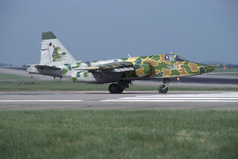 Su-25K 9013 Czech AF Jun-92 - special 'frogfoot' c/s