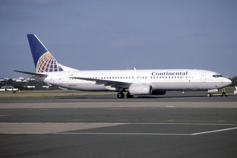 B.737-800 N33262 Continental Airlines Mar-02