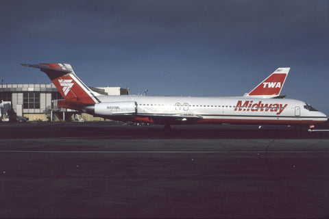 MD-87 N801ML Midway May-92