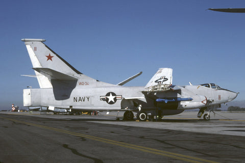 142668/11 ERA-3B USN/VAQ-34 Dec-90