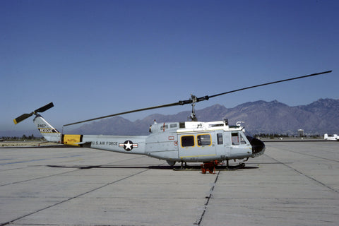 70-2457 HH-1H USAF/37thARRS (MAC) Jan-82