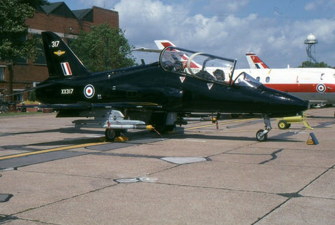 Hawk T.1 XX317 RAF/208Sqdn Jul-96