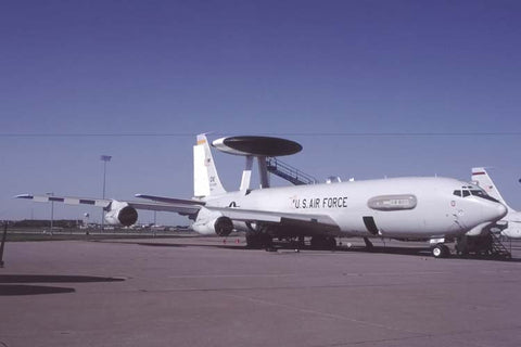 E-3B 76-1605/OK USAF/552ndACW (ACC) May-01 - cag bird