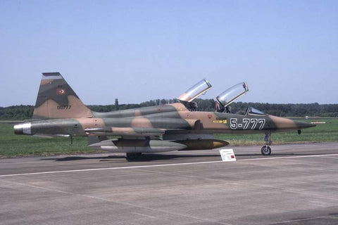 F-5B 00777/5-777 Turkish AF/5nci Jul-95