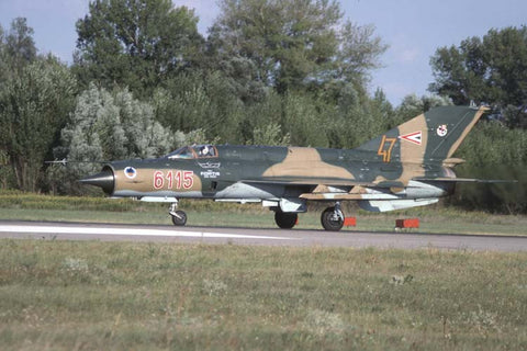 MiG-21bis 6115 Hungarian AF/Griff Sqdn,47thWing Aug-98
