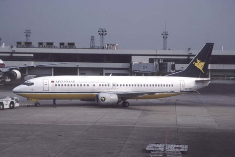 B.737-400 9M-MMY Myanmar AW International Jan-00