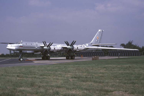 Tu-95MS	Bear 23blk Russian AF/182 Bomb Sqdn at Fairford Jul-94