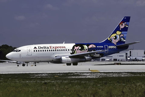 B.737-200 N310DA Delta Express Apr-01 - 'Cartoon Network' logo jet