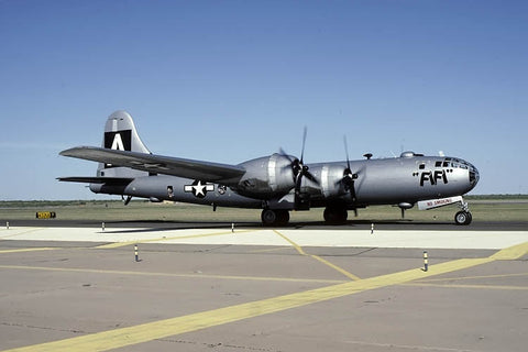 B-29A 44-62070 fles as N529B named 'Fifi' Oct-93