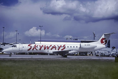 ERJ.145EP SE-DZD Skyways May-00