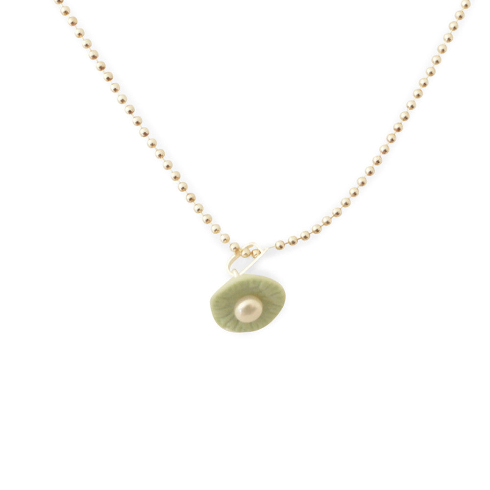 Necklace / Sunny green