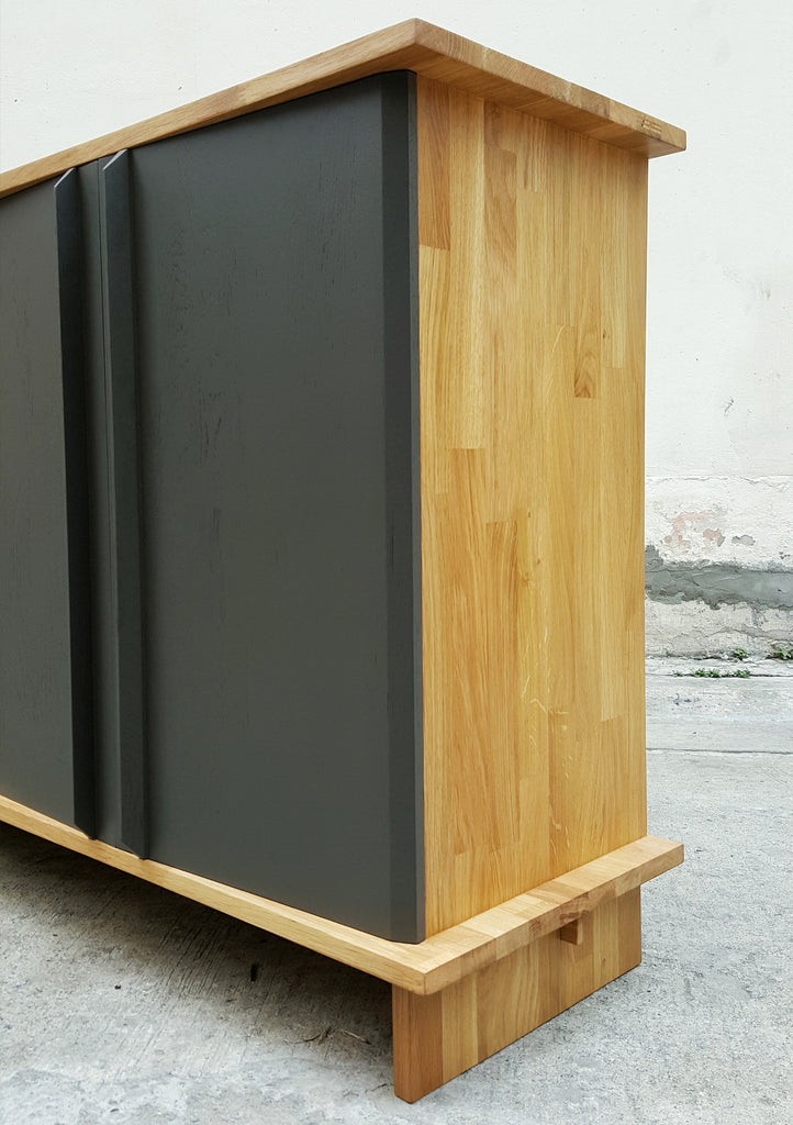 PIECE Cupboard