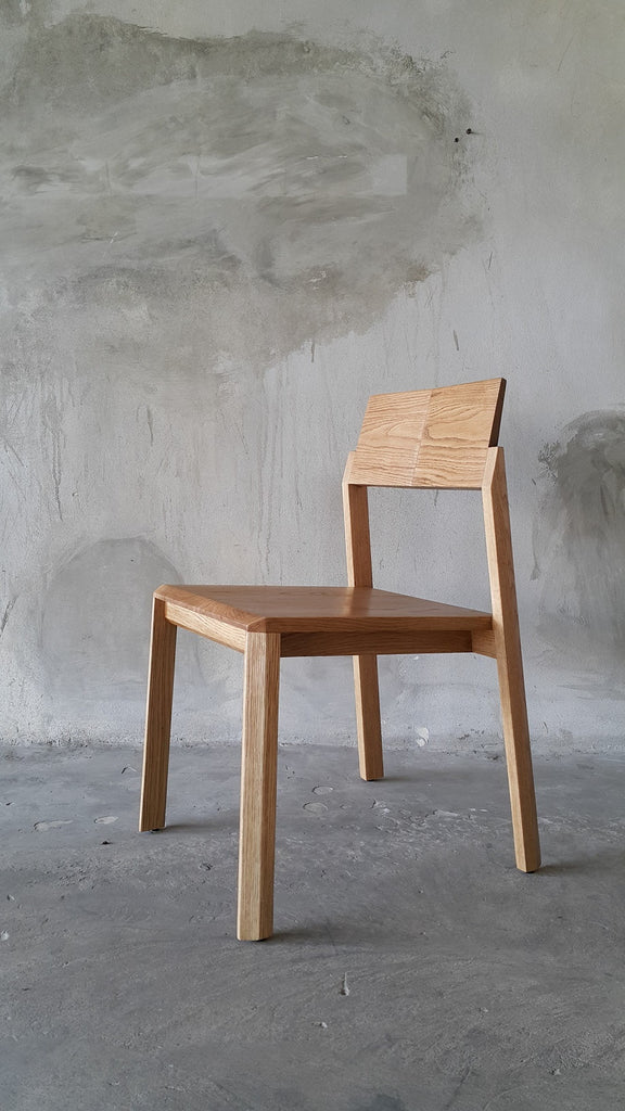 TILT Chair Oak