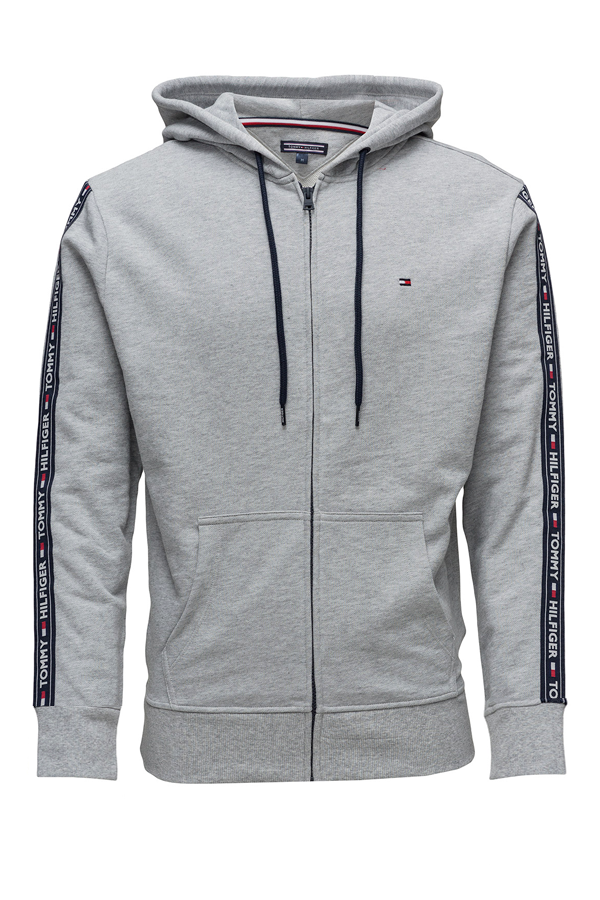 tommy hilfiger – clothing