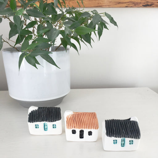 Tin Roof Ceramic Bothies