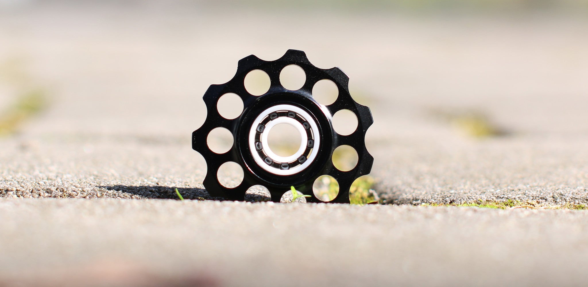 Full ceramic bearings for bicycles