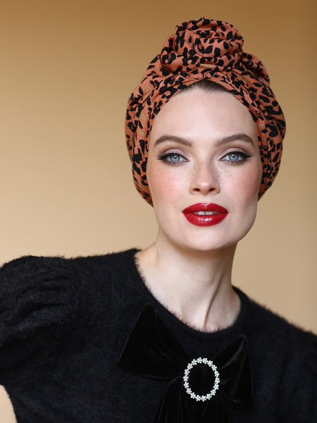 Stylish Leopard Flower turban