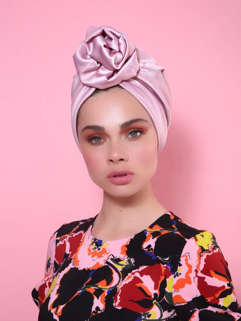 Flower Turban in Shiny Light Pink
