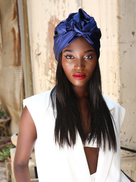 Flower silk Turban in shiny Navy