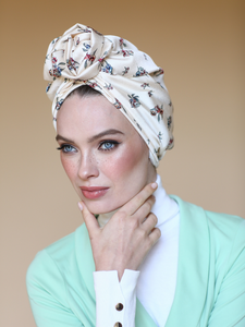 Flower turban in floral white print