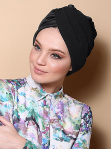 Pleated Twist Turban in Black