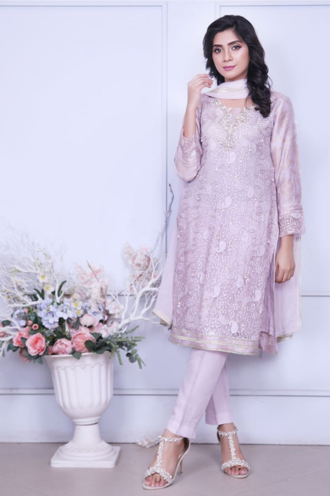 Lilac Diamante Embroidered Outfit - Henna Mehndi