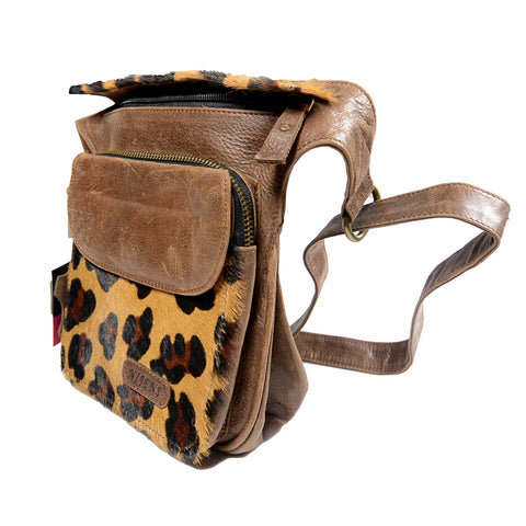 Outdoor Belt Hip Bag Leather Leopard Festival Bag Dry Food Doggybag Leder Braun Leo Leckerlibeutel Nijens Berlin Bag Bild