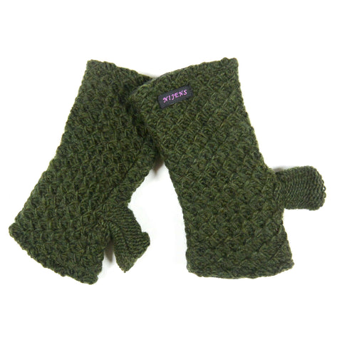 Wrist warmer NijensOryom bottle green 11