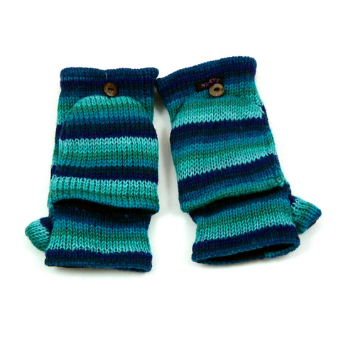 Hand knitted mittens new wool gift winter Berlin