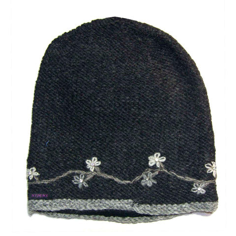 Hand-knitted Nijens wool hat, dark gray