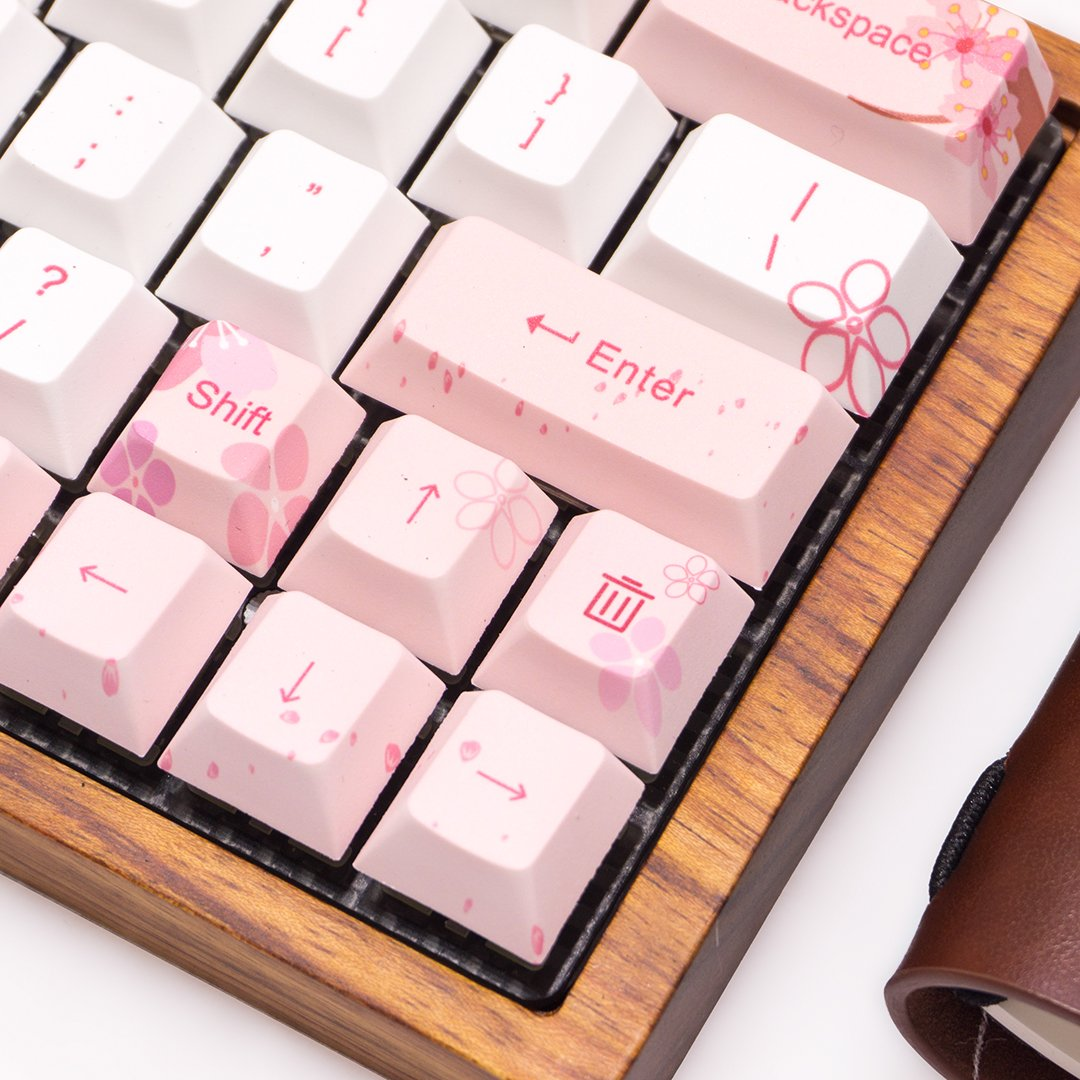 桜 GK64 Custom mechanical keyboard