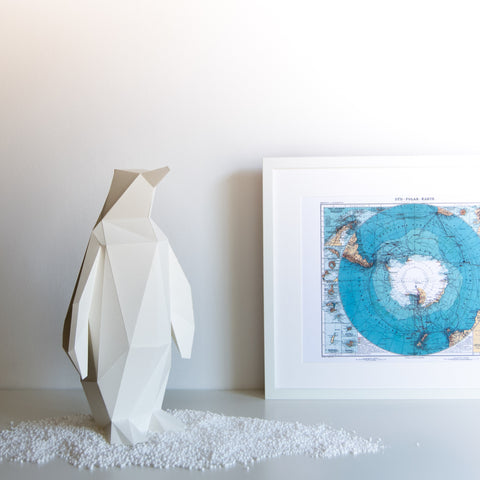 Small Penguin - DIY White Paperlamp
